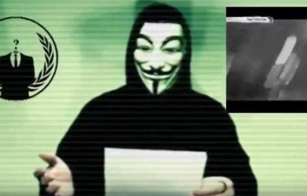"""Anonymous declara la """"guerra"""" a Estado Islámico tras los atentados de París"""