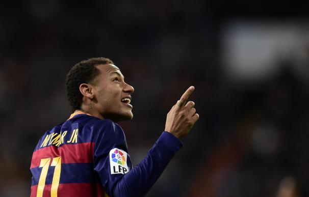 """Robert Fernández: """"Se llegará un acuerdo con Neymar. No tengo duda de ello"""" / AFP."""
