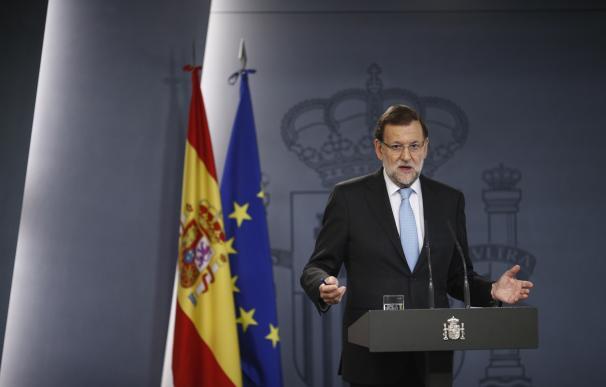 """Rajoy pide que se suspenda la declaración independentista porque pretende """"acabar con la democracia"""""""