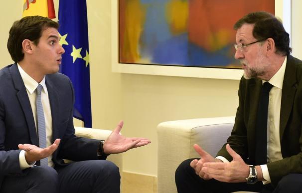 Albert Rivera, con Mariano Rajoy, el pasado viernes en La Moncloa.
