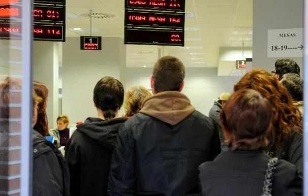 España quiere aplicar lo antes posible medidas contra el desempleo juvenil en la UE