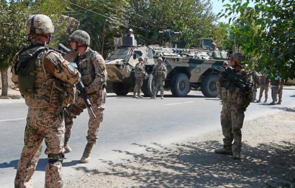 Merkel anuncia el envío de 850 soldados alemanes más a Afganistán