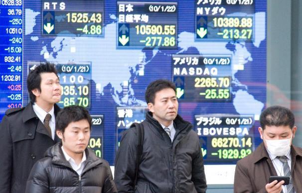 El índice Nikkei baja 0,35 puntos, el 0,01 por ciento, hasta 10.512,69 puntos