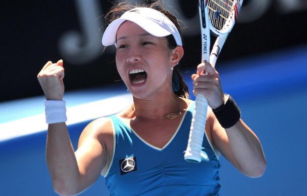 La china Jie Zheng vence a Kirilenko y se une a Henin en semifinales