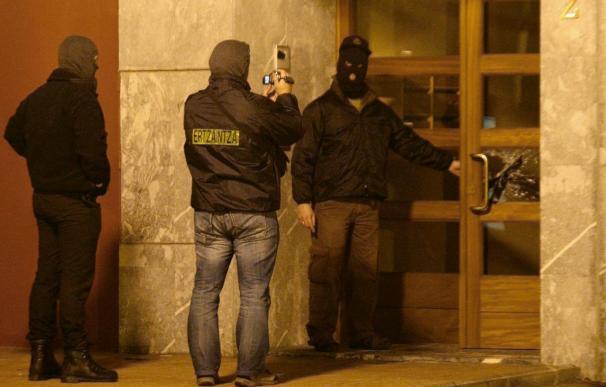 Cinco detenidos en una operación antiterrorista de la Ertzaintza