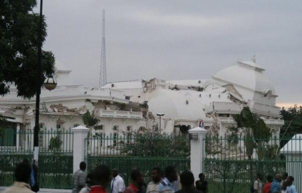 El Palacio Presidencial es uno de los edificios derrumbados por el terremoto.