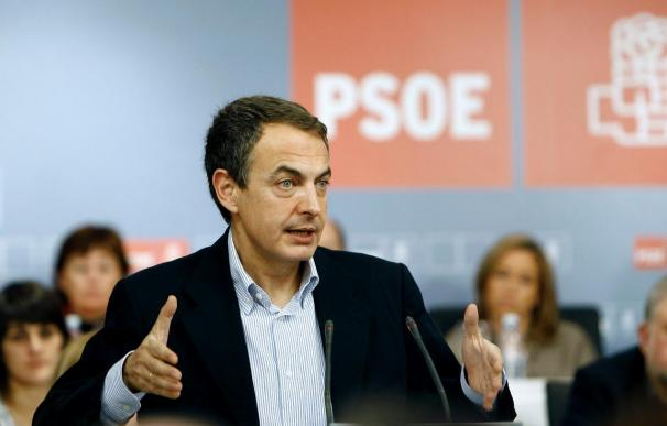 "Zapatero acusa a Rajoy de populismo, inconsistencia e ""incoherencia diaria"""