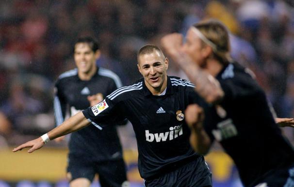 1-3. Guti y Benzemá impulsan al Madrid en Riazor tras 19 años sin ganar