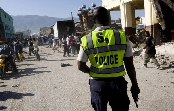 España confía en que la UE cierre hoy su misión policial a Haití