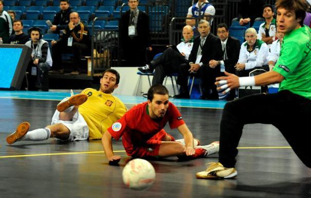 1-6. España ejerce de campeona con otra exhibición