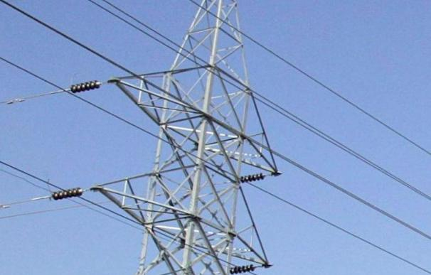 La demanda eléctrica crece en enero un 0,2 por ciento tras dieciséis meses a la baja