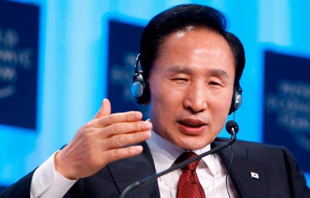 El presidente surcoreano dispuesto a reunirse con Kim Jong-il