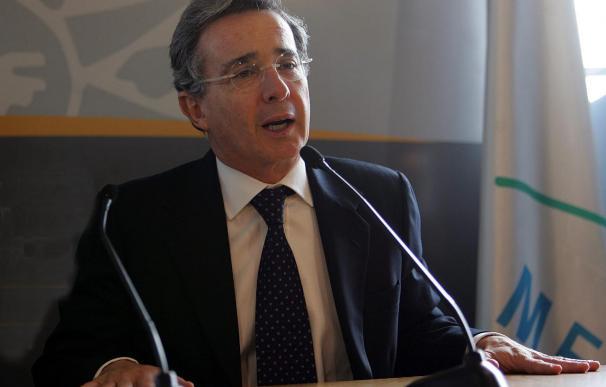 Uribe espera que el apoyo de Obama a Colombia despeje el camino del TLC