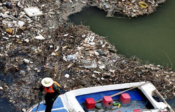 """China reconoce que el vertido de diesel en el río Amarillo es """"grave"""""""