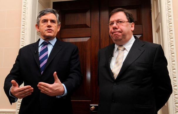Los partidos norirlandeses apuran las últimas horas para llegar a un acuerdo que resuelva la crisis