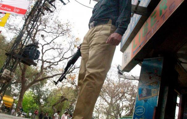 Líder opositor ceilanés sale ileso de un ataque con una granada contra su vivienda