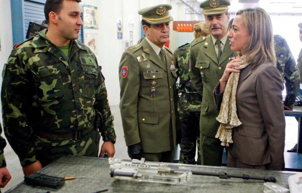 Chacón despide hoy a 450 militares que salen hacia Haití en el buque Castilla