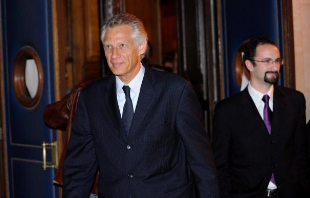 """Ex primer ministro Villepin, absuelto en el """"caso Clearstream"""""""