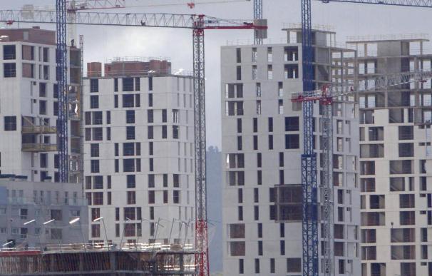 Los visados para construir nuevas viviendas cayeron el 51,5 por ciento hasta noviembre