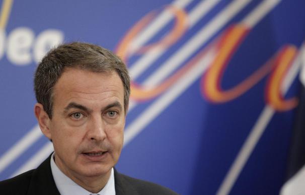 Zapatero viaja a Davos para participar por primera vez en el Foro Económico