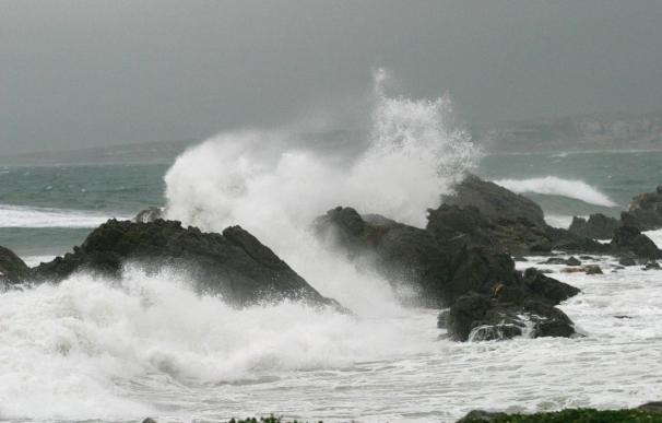 Cancelados los viajes de barcos en el Estrecho de Gibraltar por vientos de más de 50 kilómetros hora