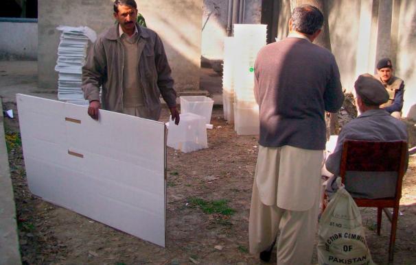 Al menos 3 heridos en un ataque contra camiones de la OTAN en el sur paquistaní