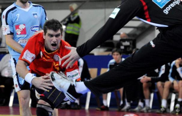 32-40. España cumple su parte del guión en el Europeo de Balonmano y depende de Polonia