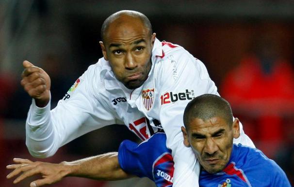 Kanouté dice que si no le ganan al Valencia estará difícil la tercera plaza