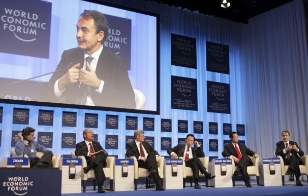 Zapatero dice en Davos que España es un país cumplidor y que reducirá su déficit