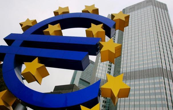 El euríbor sube seis centésimas y marca en su negociación diaria el 1,226 por ciento