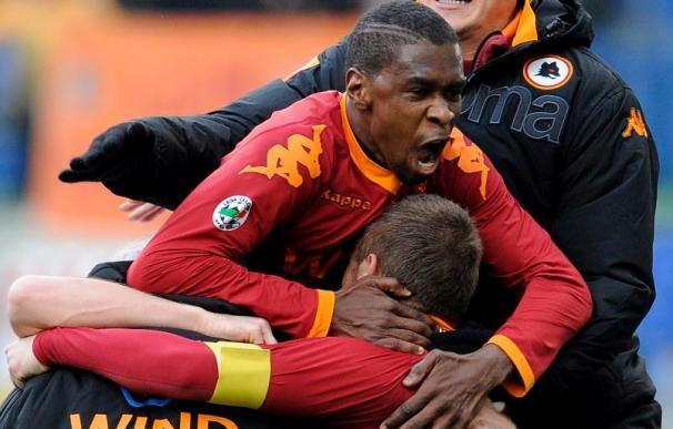 El Roma alcanza al Milán en el segundo puesto, el Inter no juega por la nieve