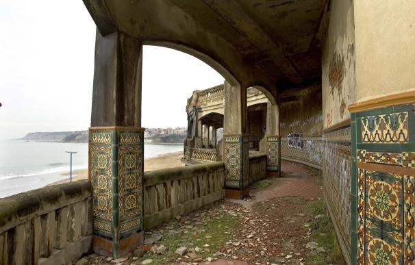 Las galerías de Punta Begoña, en Getxo (Bizkaia), ofrecen en agosto visitas libres, sin necesidad de reserva previa