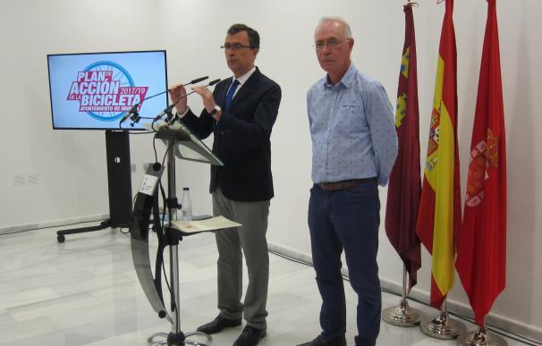 La bicicleta entrará al centro de Murcia con dos nuevos carriles que conectarán la Plaza Circular con el Malecón