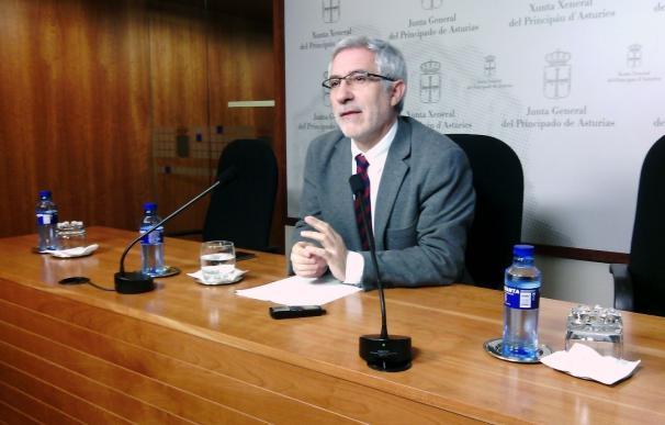 """Llamazares rechaza las críticas en IU por su nuevo partido: """"Lealtad no es sumisión a un señor y sus dictados"""""""