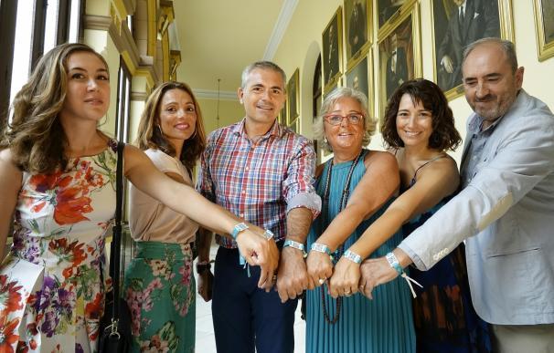 Repartirán 10.000 pulseras para localizar a niños o personas mayores perdidas en la Feria y en las playas