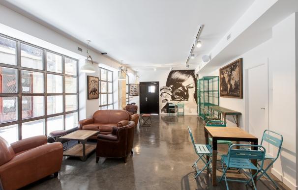 Logroño se abre al estilo europeo con un nuevo 'hostel' en el Casco Antiguo