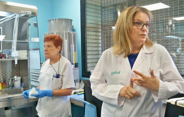 El Hospital Clínico reduce el uso de formol en su laboratorio de Anatomía Patológica