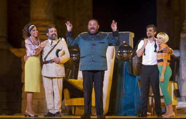 'La comedia de las mentiras' se estrena en el Festival de Mérida con un lleno absoluto en el Teatro Romano