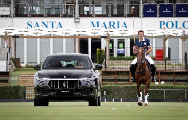 La modelo Nieves Álvarez entregará este domingo la Copa de Plata Maserati de alto hándicap