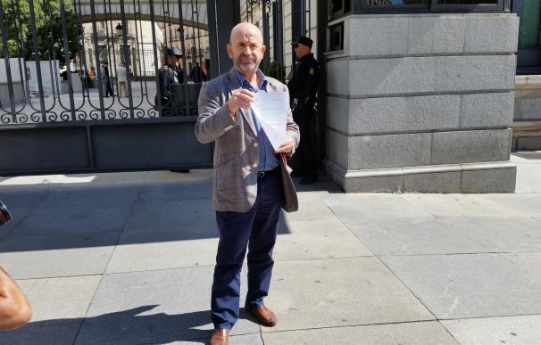 Asociación para la Memoria Histórica registra una petición en el Congreso para ilegalizar la Fundación Franco