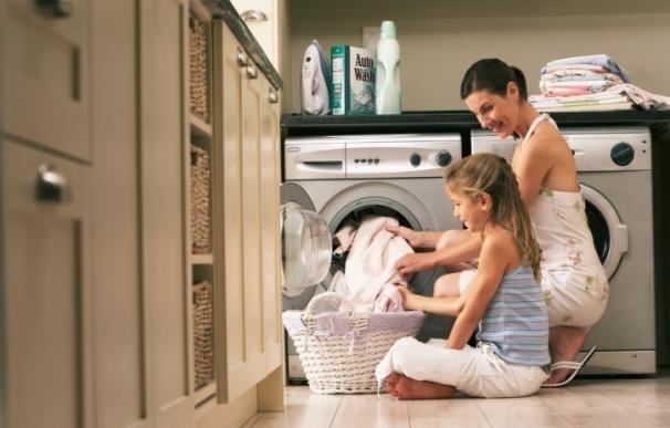El 52,5% de los niños valencianos declara que las tareas de la casa son responsabilidad de las madres, según Adecco