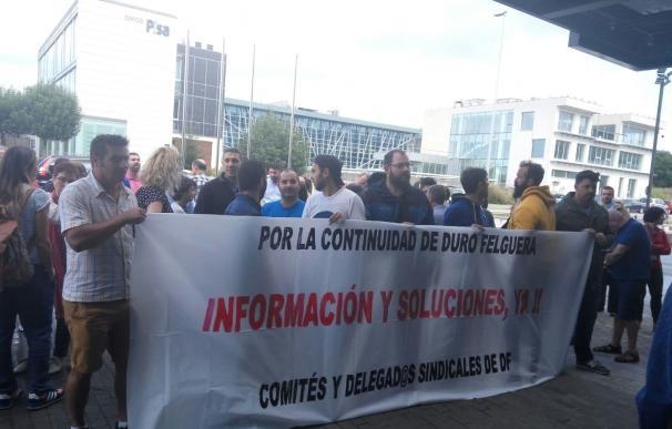 """Trabajadores de Duro Felguera mantienen las concentraciones en agosto ante el """"desacuerdo"""" con la gestión del grupo"""