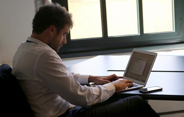 Más de la mitad de las empresas prefieren contratar antes que formar, según Deusto Formación
