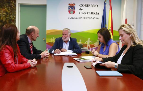 Rehabilitadas las piscinas tras una inversión del Gobierno regional de 55.000 euros