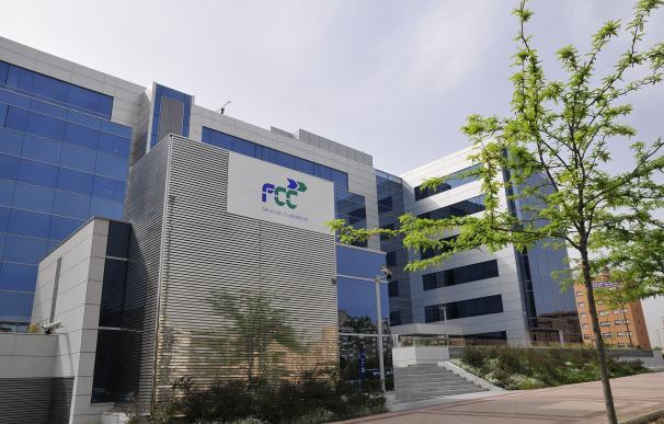 FCC cierra su refinanciación al colocar su macroemisión de bonos de 1.300 millones