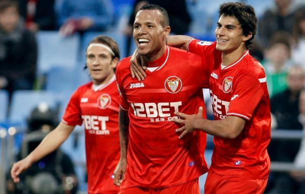 1-2. El Zaragoza se complica la vida ante un Sevilla que sacó oro de un error