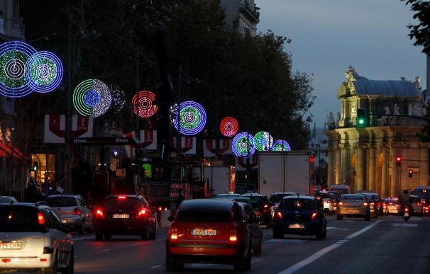 Madrid calienta la Navidad con una iluminación más sobria
