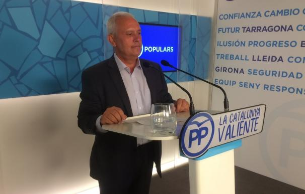 """El PP cree que el Govern se ocupa de colas en El Prat pero se """"despreocupa"""" de las de Salud"""