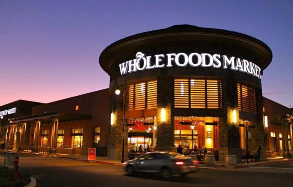 Amazon compra la cadena de supermercados Whole Foods por 13.700 millones