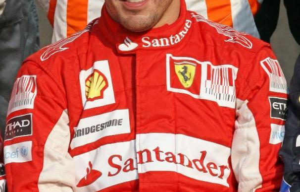 Alonso afirma que la tristeza por perder se ha convertido en más ganas de ganar en 2011